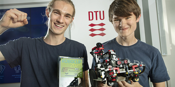 DTU RoboCup 2020 was won by Frederik Rønn Siiger and Emil Pfeiffer Kristensen with the robot 'Team Technic'. (Photo: Mikal Schlosser)
